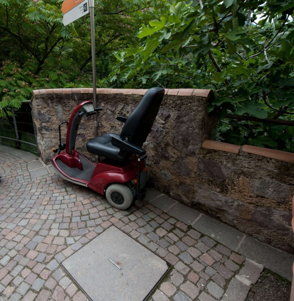 Rollstuhlverleih Zuschnitt-K1000.jpg